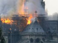 Incêndio atinge a Catedral de Notre-Dame, em Paris