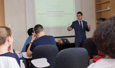EMAM realiza curso prático de sentença cível e penal para candidatos à magistratura